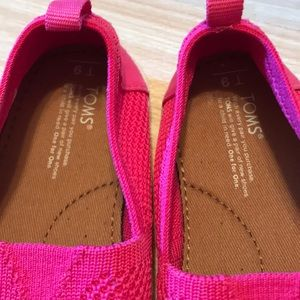 Toms Shoes - TOMS bright pink slip on shoes